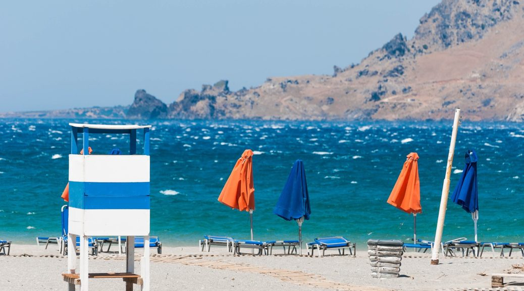 plaža, krit, more, pesak, sunce, letovanje, grcka, ostrvo, suncobran